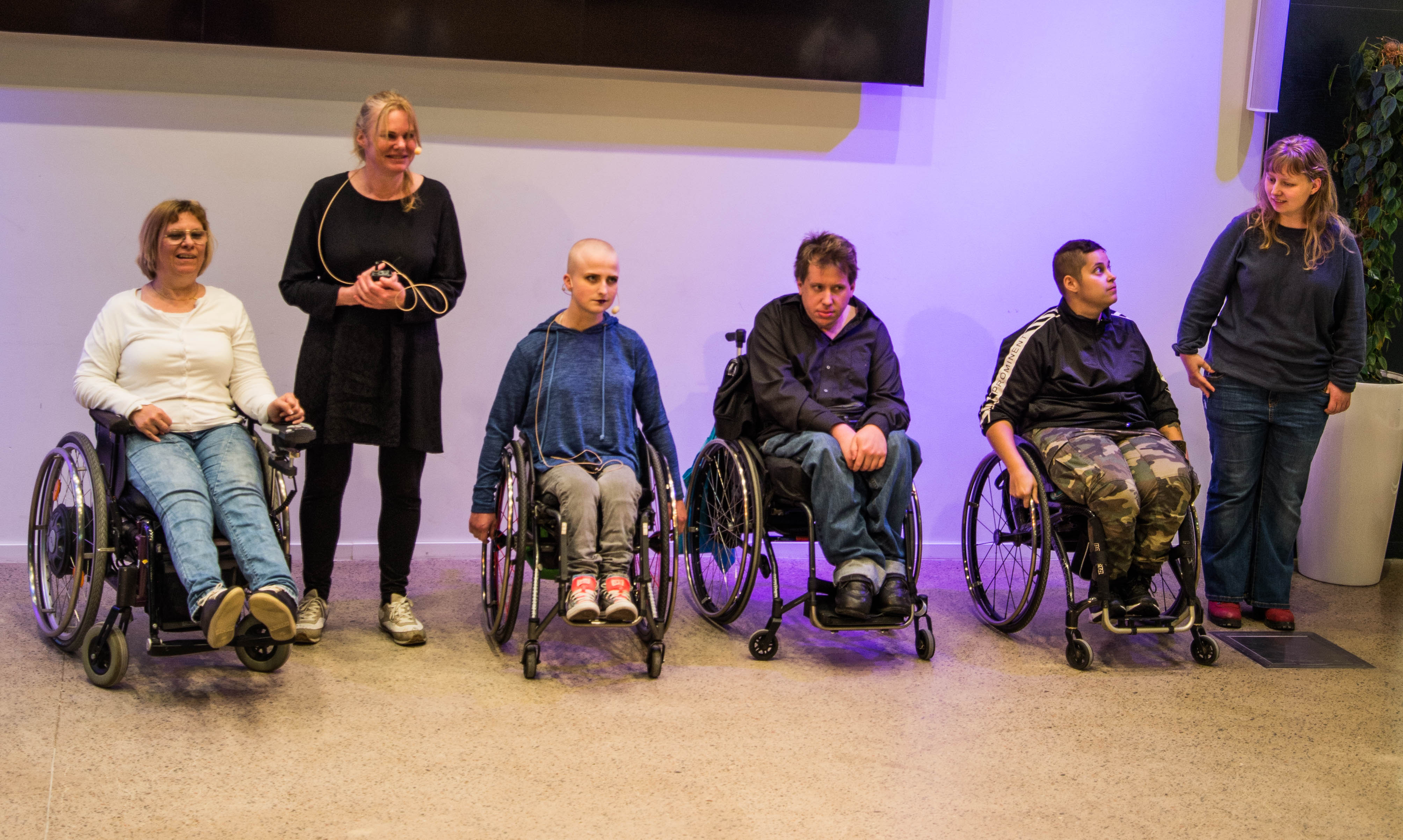 Teater Kattma bjöd på smygpremiär