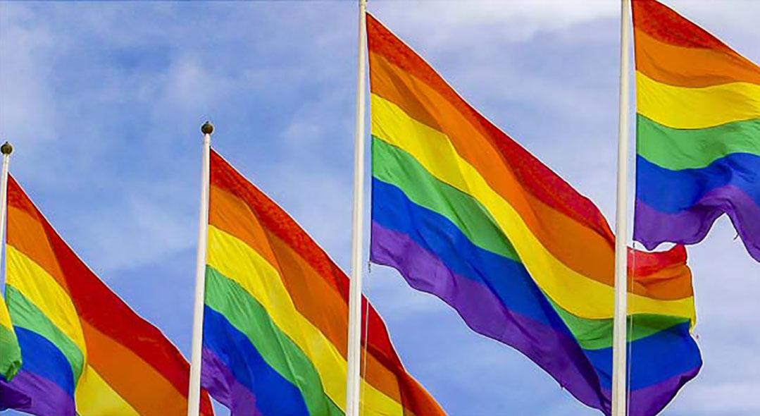 Inga regnbågsflaggor tas ner i Göteborg